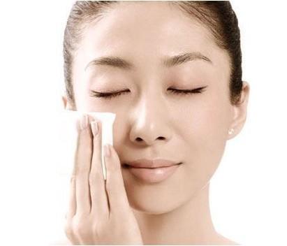 卸妝產品的挑選和使用方法
