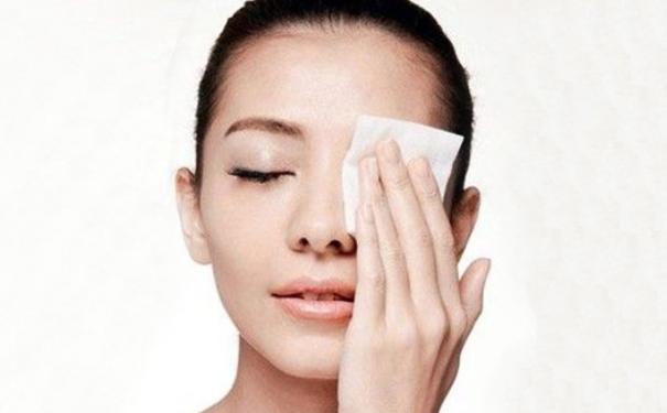 為什麼卸妝油比卸妝乳、卸妝霜好